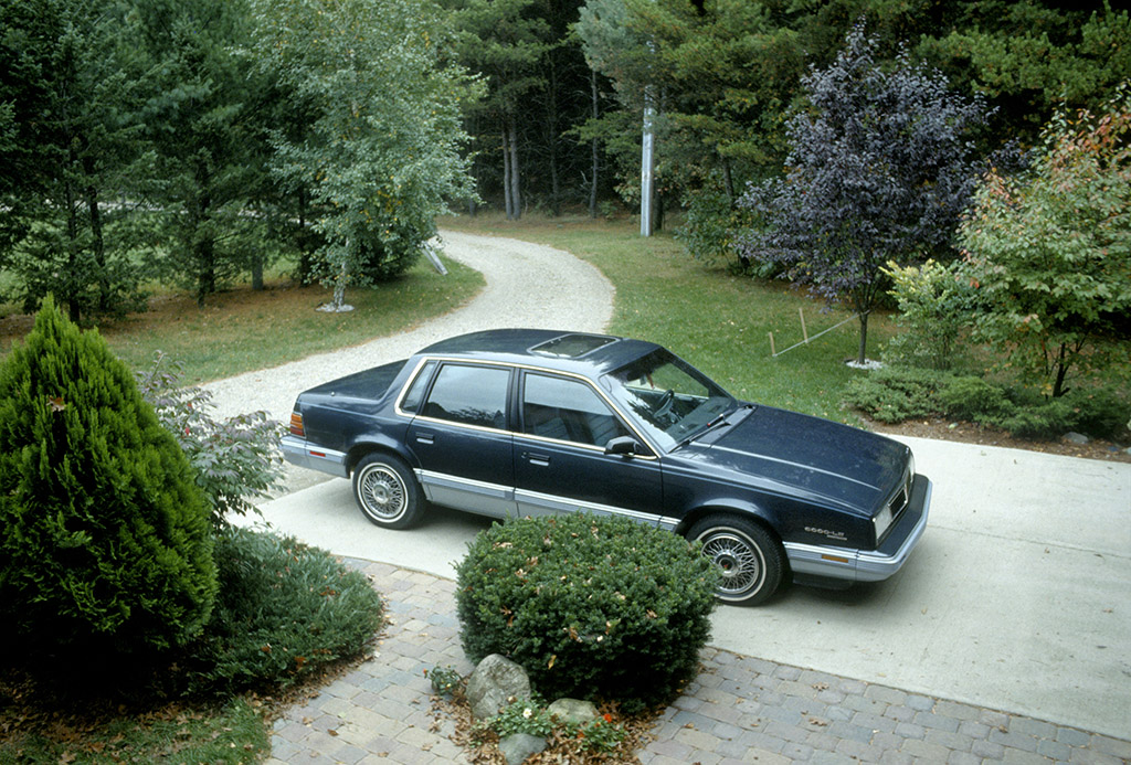 Two tone blue 1987 Pontiac 6000 LE