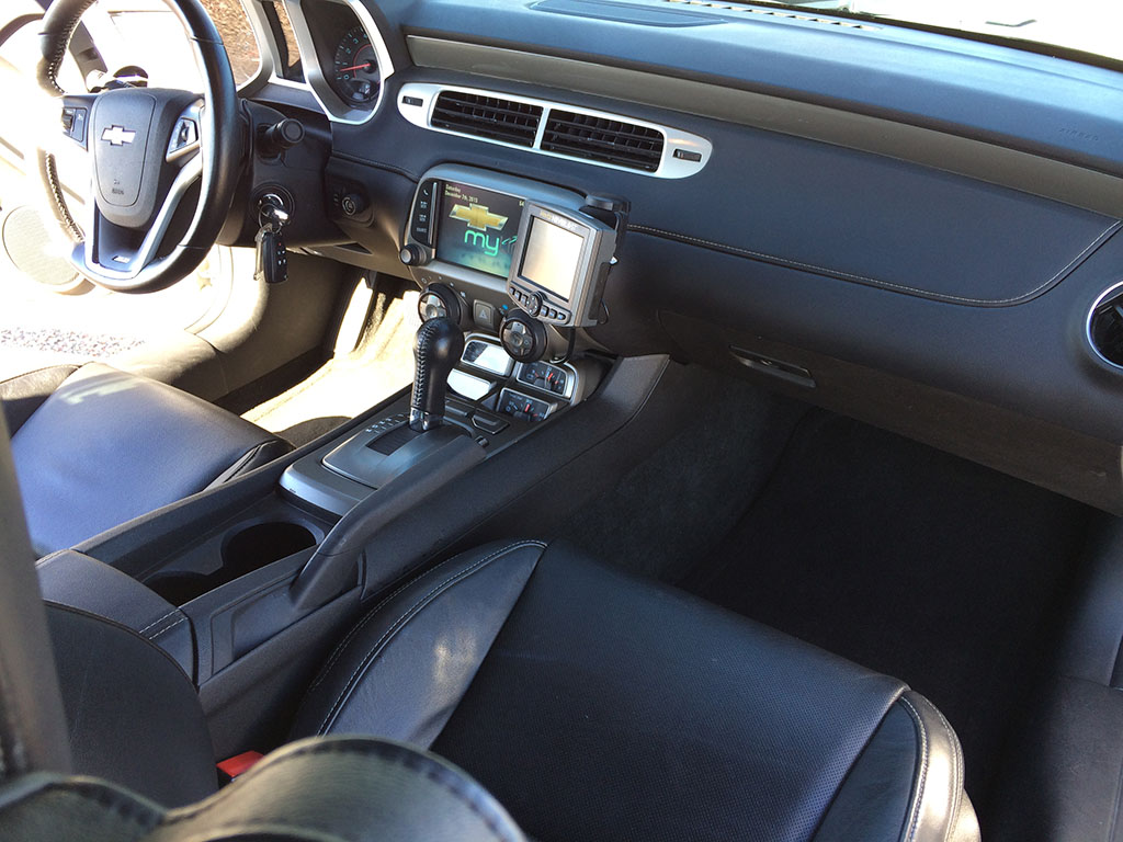 Camaro SS interior and dashboard