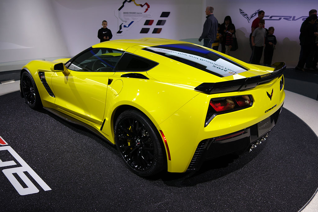 C7 Corvette rear end