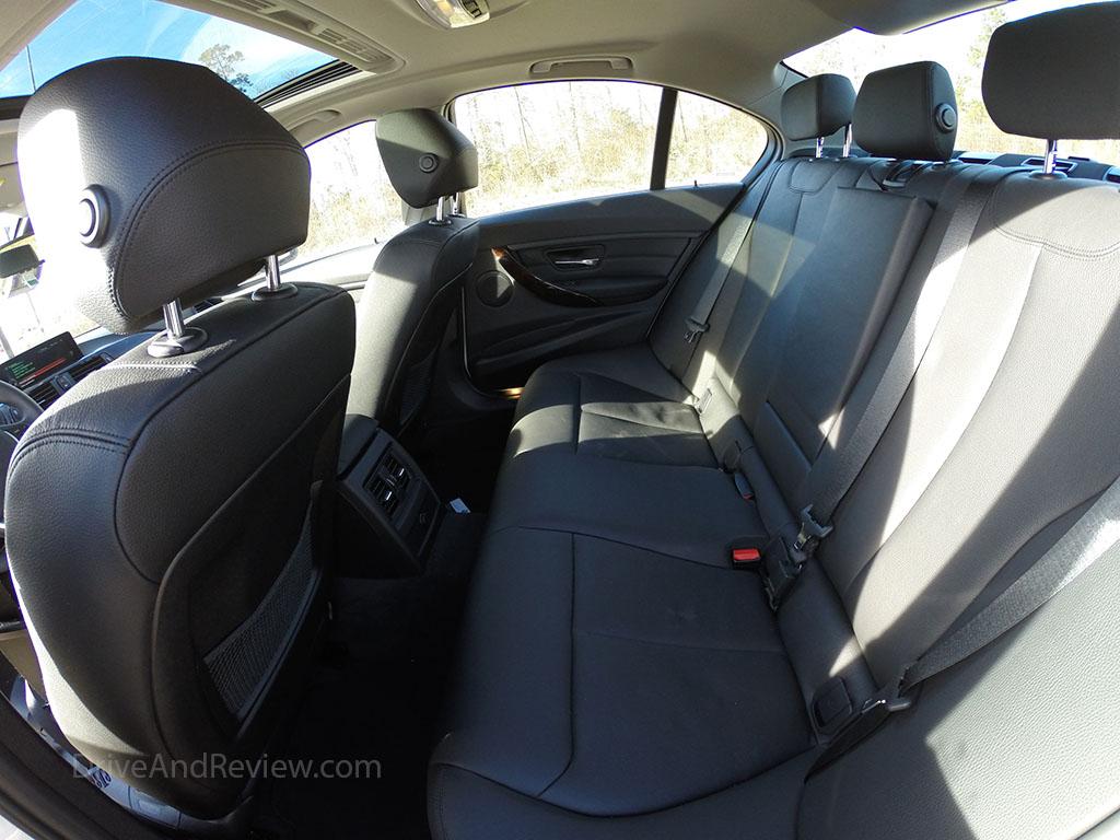 Spacious rear seats