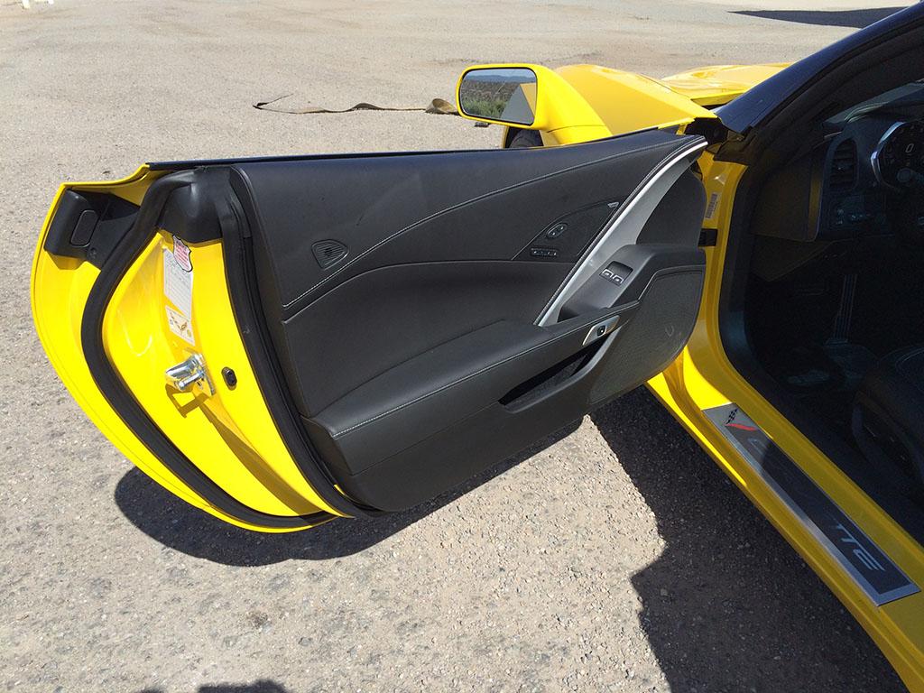 2015 corvette door panel