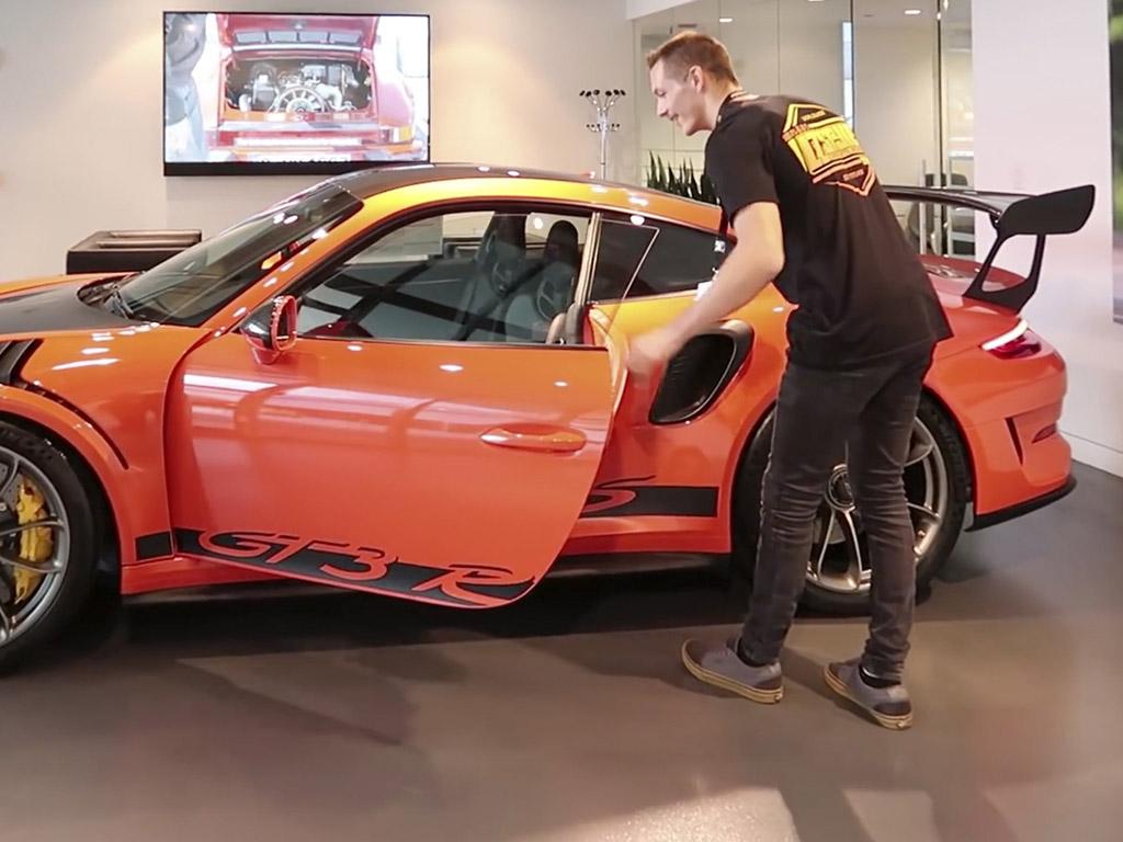 Adam LZ 911 GT3
