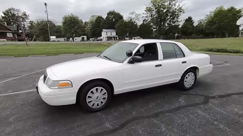 Crown Vic all white