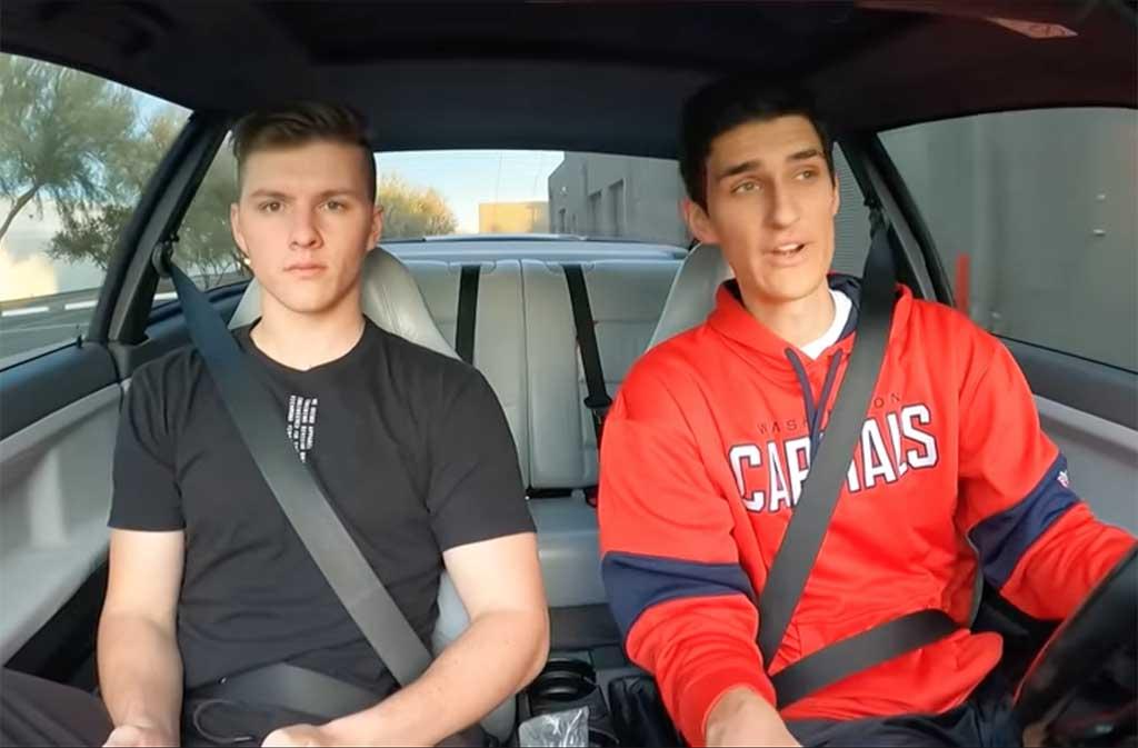 JR Garage Brothers
