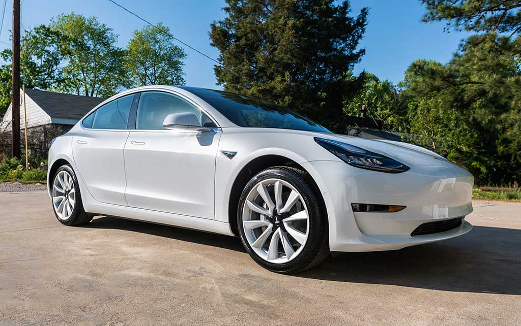 rent a Tesla on Turo